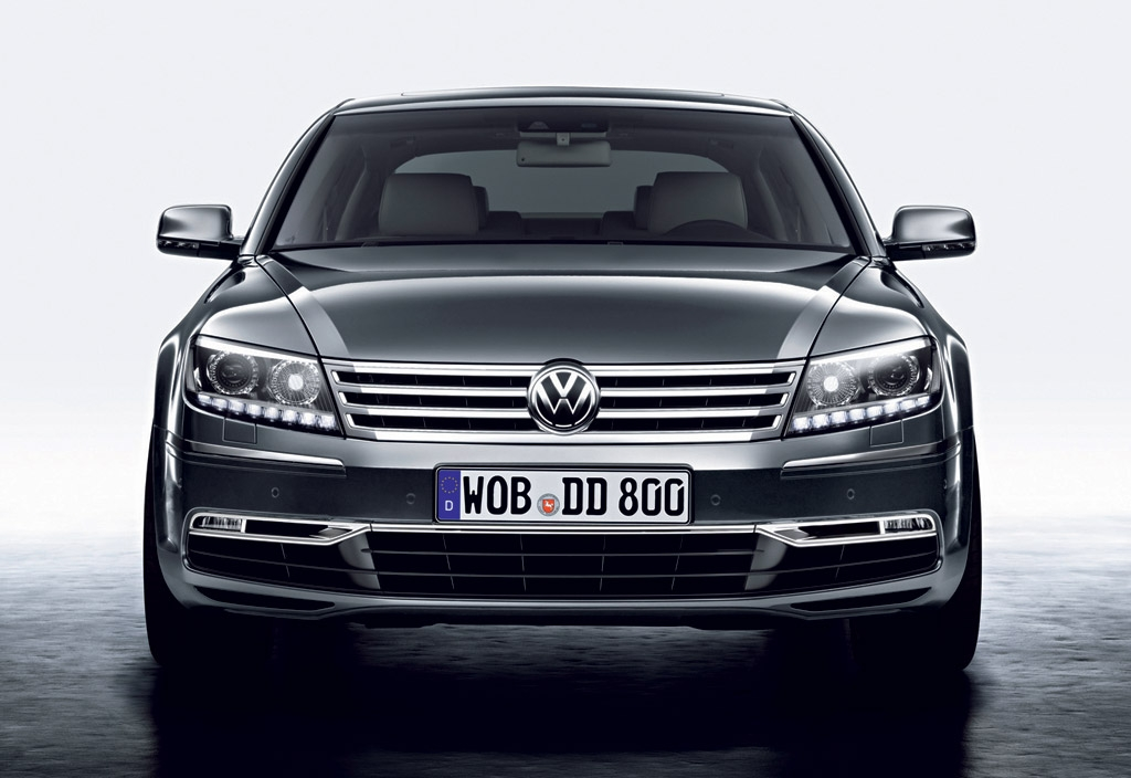 Interesting electric vw phaeton delayed to 2020 may use audi e tron Volkswagen Phaeton 2020 Exterior and Interior