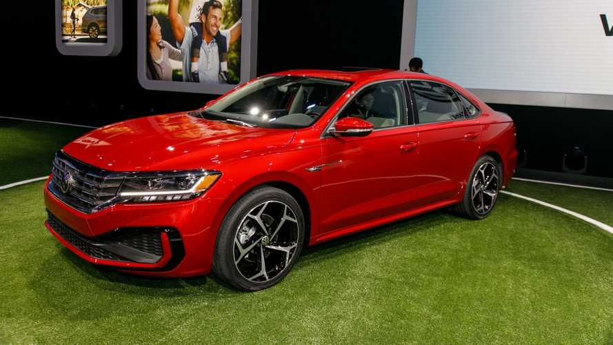 New 2020 vw passat arrives in detroit with fresh look more tech Volkswagen Passat New Model 2020 Exterior