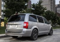 2021 chrysler town country vs 2021 dodge grand caravan Dodge Town And Country