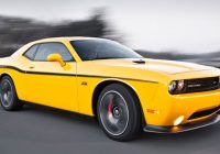 dodge challenger srt yellow jacket and charger srt8 super Dodge Challenger Yellow Jacket
