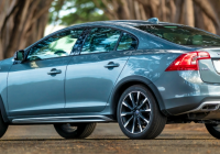 first spin 2021 volvo s60 cross country and s60 inscription Volvo S60 Ground Clearance